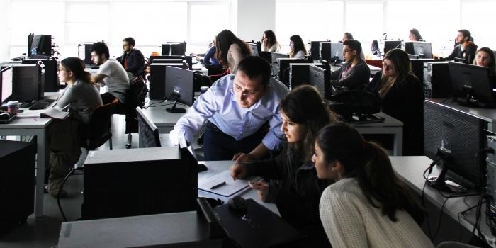 Assoc. Prof. Dervishi successfully leads the workshop at Özyeğin University