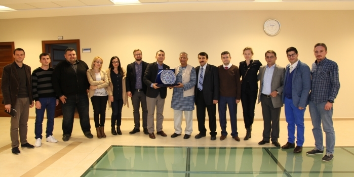 Nobel Peace Prize Awarded Prof. Muhammad Yunus Visited the Faculty